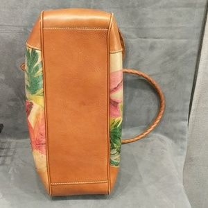 Patricia Nash purse additional pics